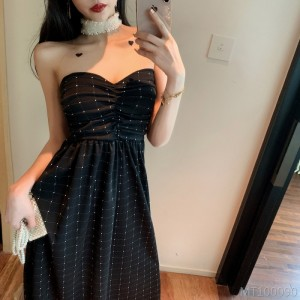 2020 new wave point tube top slimming waist dress