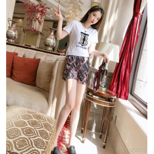 2020 new letter floral T-shirt casual shorts suit often