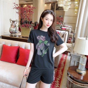 2020 new heavy industry pink bear green bow casual shorts suit