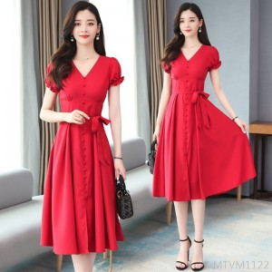 2020 new V-neck lace-up long skirt waist slimming Hepburn