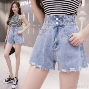 2020 new Korean fashion A-line loose and thin wide leg hot pants tide denim