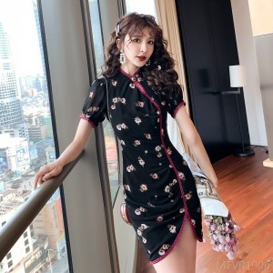2020 new retro sauce rose red cheongsam
