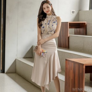 2020 New Slim Printed Top Waist Ruffled Skirt Suit