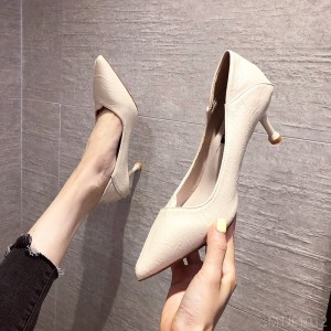 2020 new pointed solid color high heels with 6CM shallow mouth