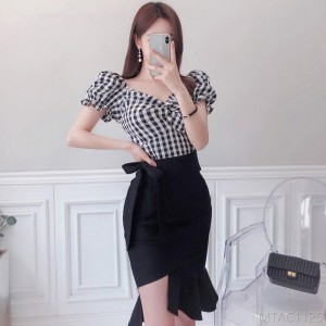 2020 new slim temperament plaid shirt ruffled bag hip skirt suit