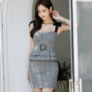 2020 New Sling Skirt Ruffled Waist Check Pouch Hip Dress