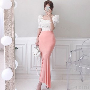 2020 New Slim Lace Top Knitted Package Hip Skirt Suit