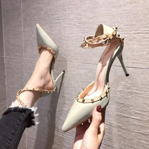 2020 new rivet fashion high heels sexy pointed