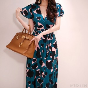 2020 new V-neck lace-up waist fashion retro printed long skirt