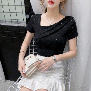 2020 new light mature small shirt with sexy short-sleeved T-shirt female ins trend 2020