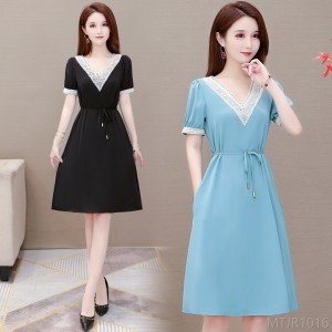 2020 new fat MM wide lady V-neck dress