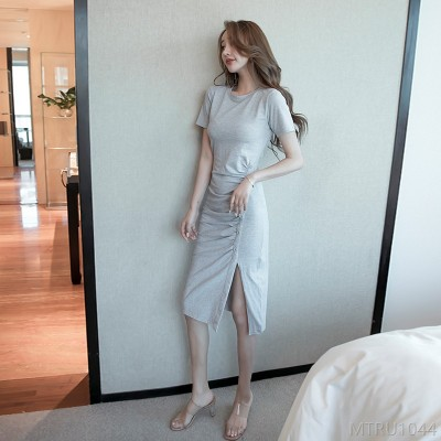 2020 new short sleeve dress Korean solid color round neck