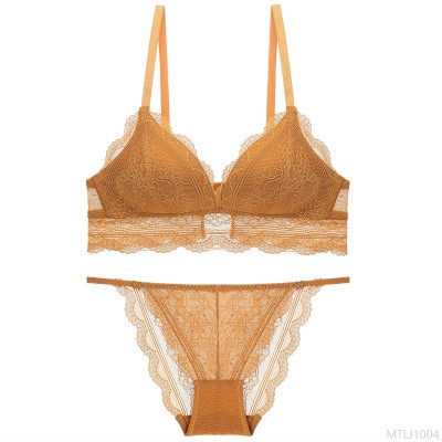 2020 new comfortable bra set French sexy triangle cup thin section