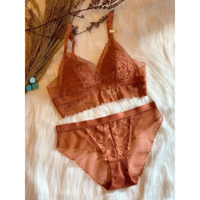 2020 new small chest triangle cup bra set lace hem comfortable girl