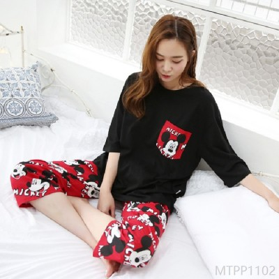 2020 new pajamas cropped pants red pants black and white Mickey home service milk silk
