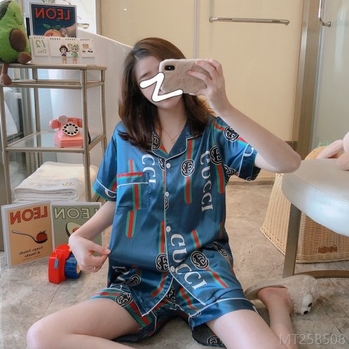 2020 new ice silk lapel fashion home wear micro-elastic pajamas/home service suits