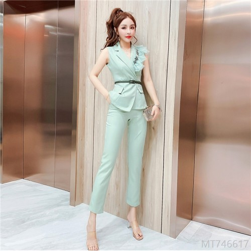 2020 new waist waist suit vest + thin cigarette pants suit
