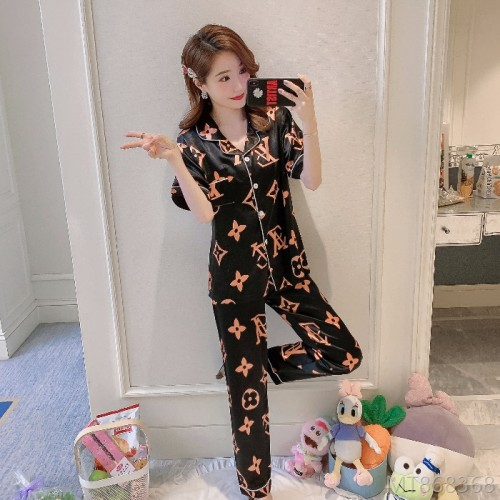 2020 new short-sleeved trousers suit ice silk loose Korean silk