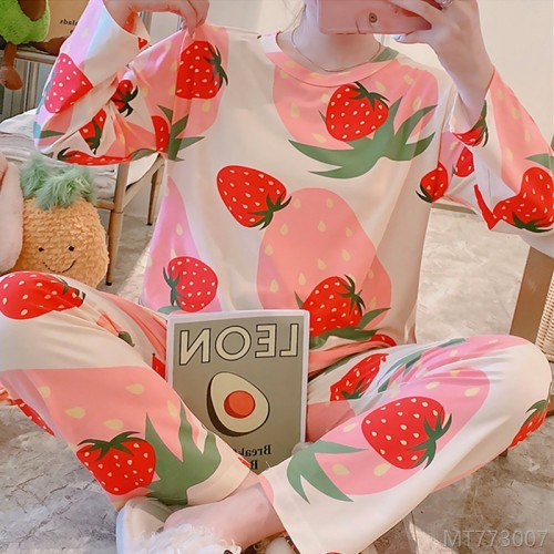 2020 new long-sleeved strawberry duoduo pajamas women's suit milk silk