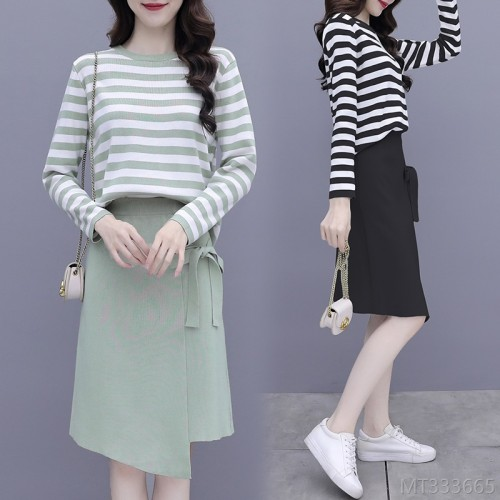 2020 new Korean casual long-sleeved striped knitted mid-length skirt hair
