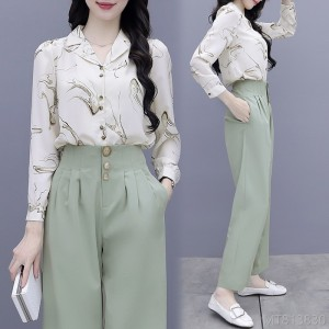 2020 new fashion temperament, lightly familiar Hepburn style street goddess Fanzhi