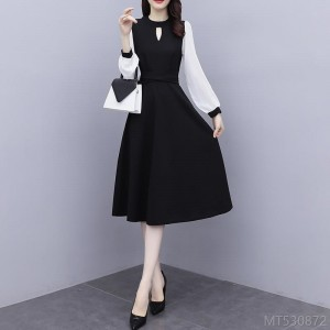 2020 new western style waist slimming mid-length long-sleeved stitching skirt