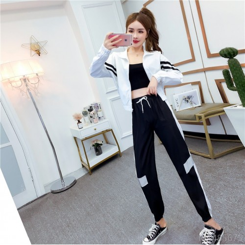 2020 new long-sleeved jacket sweater + casual sports pants two-piece suit