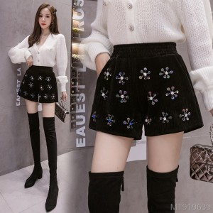 2020 new heavy industry beaded high waist shorts straight pants boots pants