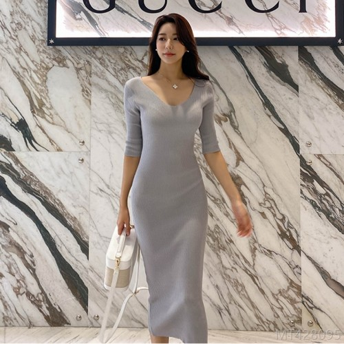 2020 new woolen skirt autumn fashion knit sweater V-neck slim slimming dress