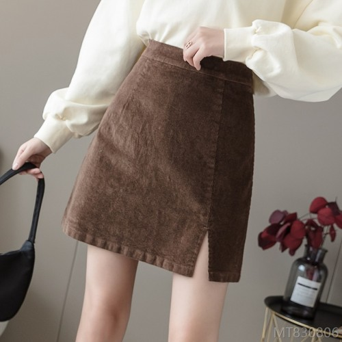 2020 new corduroy short skirt women's corduroy a-line skirt high waist is thin