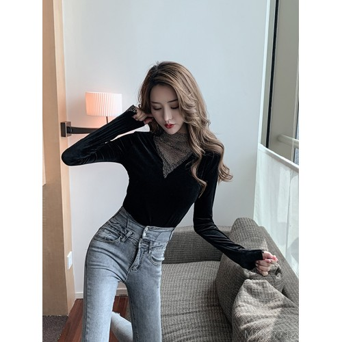2020 new year fashion season all-match design sense bottoming shirt long-sleeved t-shirt with western style black top straight leg
