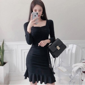 2020 new autumn fashion sexy Hong Kong style square neck ruffle skirt