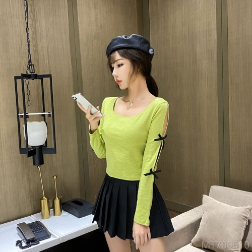 2020 new sweater women autumn Korean version of the bow split personality U-neck top