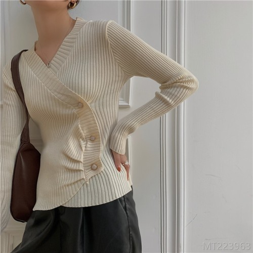 2020 new V-neck slim short knit sweater women thick sweater