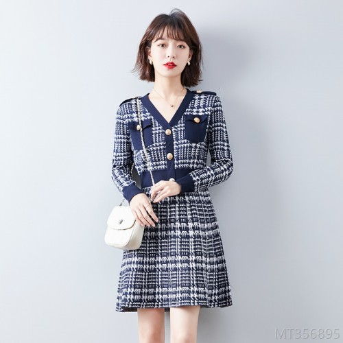 2020 new slim dress ladies lightly cooked houndstooth thick knitted skirt method