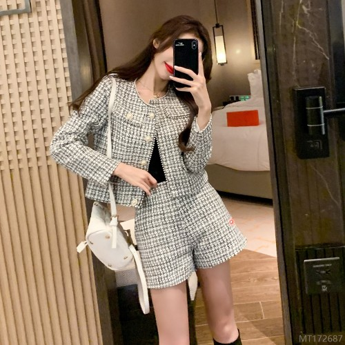 2020 new single-breasted tweed short coat + high-waist A-line wide-leg shorts