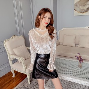 2020 new horn long sleeve lace stitching hollow V-neck gold velvet base