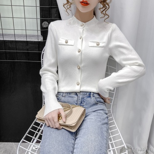 2020 new wild winter fashion wild fashion single-breasted knitted sweater