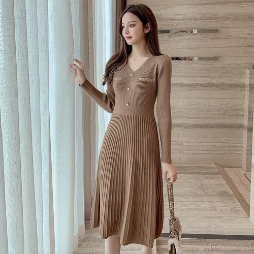 2020 new spot all-match fashionable slim slim knit dress