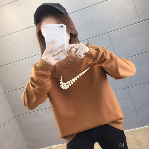 2020 new fashion cross-border round neck small daisy sweater for female students
