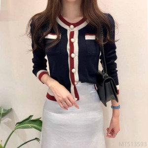 2020 new slim slim short striped sweater with contrasting top