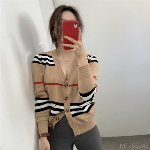 2020 new striped contrast stitching Korean style retro all-match V-neck single-breasted sweater