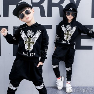 2018 boys new Korean sports suit big children print two-piece children's clothing