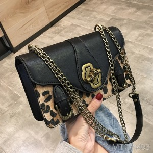 2018 the new Korean fashion leopard style leisure chain chain shoulder shoulder bag