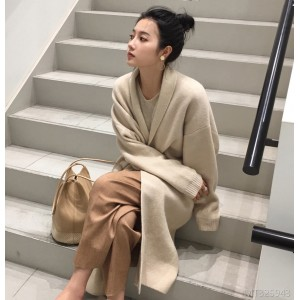 2018 autumn new style of loose knitted sweater, lapel cardigan, long coat, women's wear.