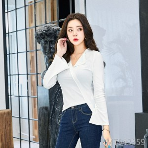 2018 women's T-shirts, autumn new women's Korean long sleeves, fashion clothes, women's irregularity.