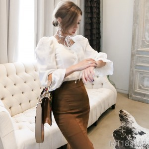 2008 Autumn Dress New Korean Edition Temperament Slim Lace Top Closed Waist Open Fork Fishtail Pack Hip Skirt Suit