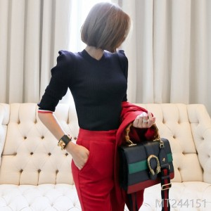 2008 autumn dress new Korean version temperament, self-cultivation, stitching stripes, fashionable seven-minute sleeve knitted bottom sweater