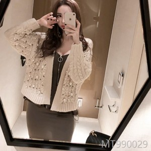 2008 New Korean Women's Wear Temperament Heavy Work Nail Bead Knitted Sweater Thickened Open Shirt Fashion Coat