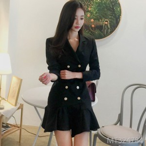 2018 New Korean OL Style Double-row Button Slim Skirt and Fashion Dress Suit